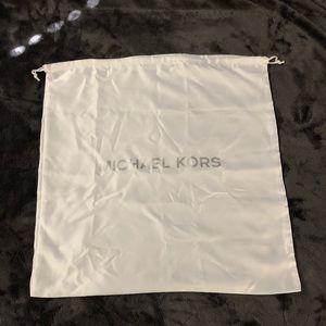 SALE❗️New Authentic Michael Kors White Dust Bag